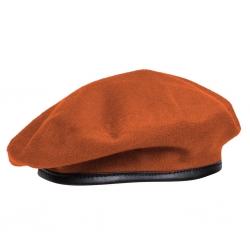 Бесшовный оранжевый берет